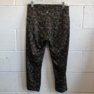 lululemon athletica Pants - Lululemon olive & black hi waist camo crops sz 10